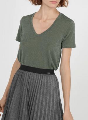 Hauts T-shirt col V droit et fluide rayé en fibres métallisées Vert