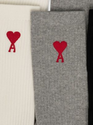 AMI Paris lot de trois paires de chaussettes à motif cœurs
