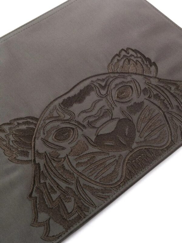 Accessoires pochette à motif tête de tigre signature